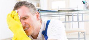 פיצוי לעובד שנפגע בעבודה על אף שהתרשל בעבודתו