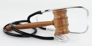 תביעת רשלנות רפואית עקב העדר הסכמה מדעת