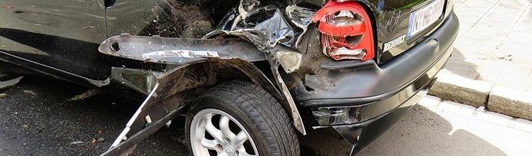 """תמונת נושא עבור למעלה מחצי מיליון ש""""ח לצעירה שנפגעה בפניה בתאונת דרכים"""