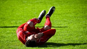 פגיעה באימון כדורגל: עיריית עכו תפצה בכ-100 אלף ₪